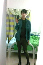 olive green Topman pants - black Fred Perry shoes - heather gray Topman t-shirt