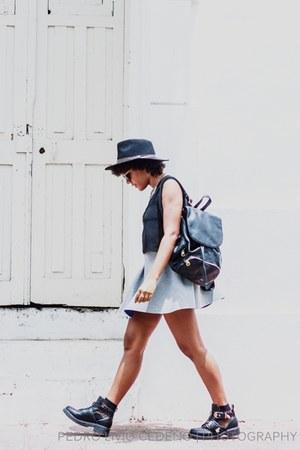 GoJane boots - Forever 21 bag - Stradivarius skirt - Stradivarius necklace
