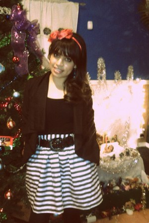 white striped vintage skirt - black solid Charlotte Russe blazer