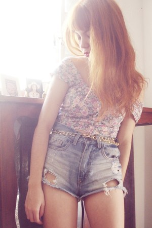 cropped vintage top - hot pants Marisa shorts - hot pink Melissa heels