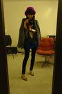 Chaser-la-t-shirt-h-m-leggings-forever-21-shoes-lallure-earrings