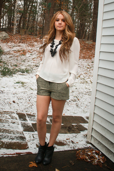 boots - tights - shorts - necklace - blouse