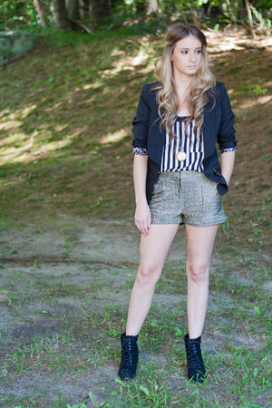 lace up boots - black fitted blazer - shorts - striped top - stopwatch necklace