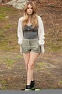 Black-cut-out-boots-shoes-tan-metallic-shorts-shorts