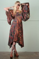 burnt orange angel sleeve vintage dress - dark brown turtleshell sunglasses - br