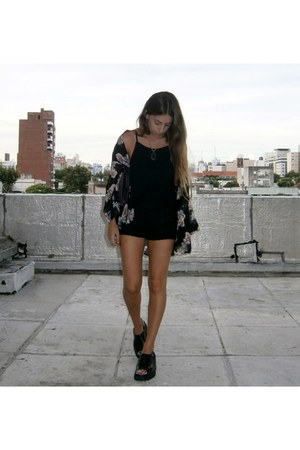 black Urban Outfitters shorts - black Urban Outfitters top