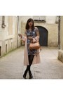 Blue-and-white-vesper-dresses-dress-dusty-pink-new-look-jacket