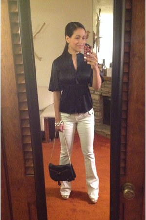 black bcbg max azria bag - white akademiks jeans - black silk BCBG blouse
