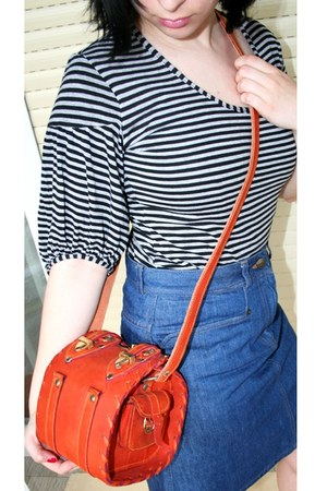 burnt orange Moroccan leather bag - navy denim jeans PPQ for Topshop skirt