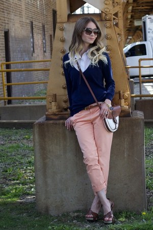 Forever21 sweater - Del Rio purse - Gap pants