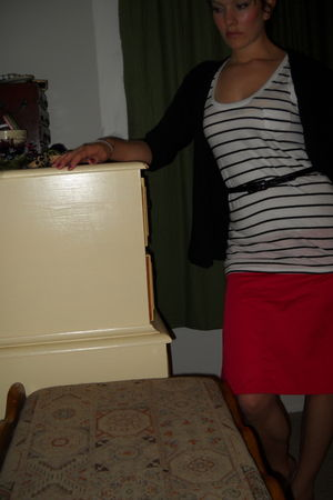 red French Connection skirt - black Old Navy cardigan - white Mossimo shirt - bl