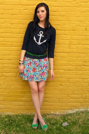 black thrifted top - blue Forever 21 skirt - green Payless wedges