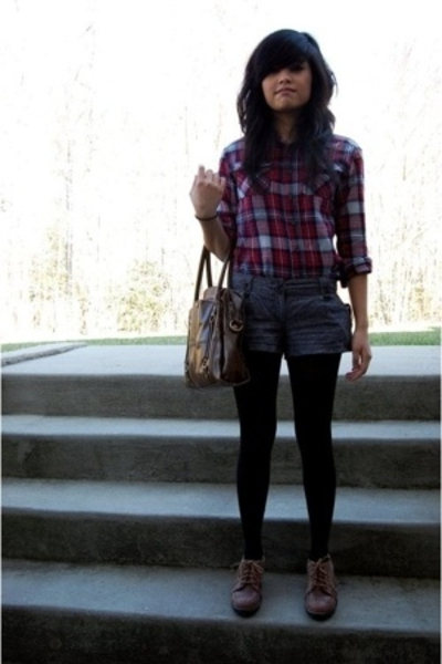 shirt - forever 21 shorts - tights - naturalizer shoes - Kimchi&Blue purse