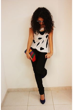 Stradivarius top - Bershka jeans - Linux accessories - Forever21 shoes