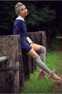 White-u2-top-blue-zara-dress-silver-vintage-tie-black-mums-belt-gray-sox