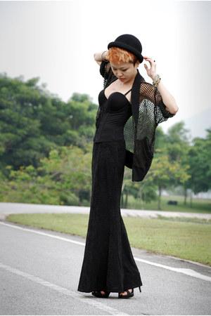 black corset Xixili top - black netted Sass and Bide cardigan