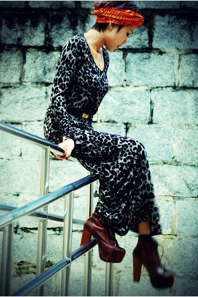 liya Jeffrey Campbell shoes - selftiedturban RandomScarf hat - leopard print aso