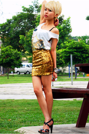 white TiC- StreetMarket top - gold H&amp;M skirt - black Aldo shoes - silver Shangha