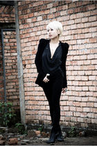 black balmain wannabe H&M jacket - black boots Aldo shoes - black Guess pants