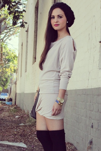 black beanie Forever 21 hat - off white one grey day dress