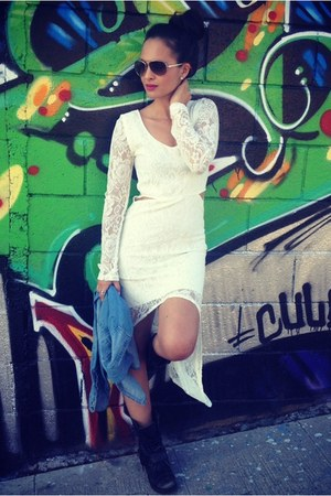 white lace Nasty Gal dress - black black Steve Madden boots