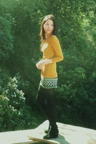 vintage boots - JCrew top - Urban Outfitters skirt - gold H&M Trend necklace