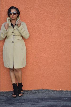 trench NYandCompany coat