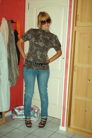 Mango jeans - H&M shirt - shoes