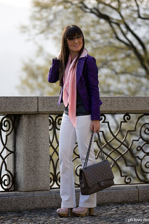 white Seven7 jeans - purple vintage jacket - light pink Louis Vuitton scarf - ch