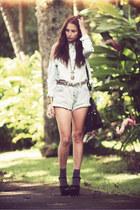 Levis shorts - StyleSofia blouse