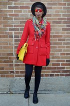 red single breasted Tulle coat - black UrbanOG boots - yellow VJ Style bag