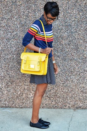 yellow VJ Style bag - black Tropical Wear dress - blue Fervour top