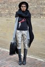 Eggshell-old-world-map-stella-elyse-leggings-black-chicnova-bag