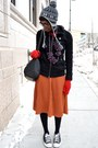 Ruby-red-chicnova-sweater-black-vj-style-bag