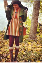 forest green wooden button knitted dove coat - brown UrbanOG boots