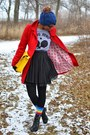 Black-thrifted-boots-red-double-pocket-tulle-coat-blue-oasap-hat