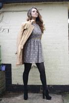black chelsea boots Stylist Pick boots - lace dress Love dress
