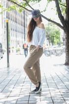 bronze Wallis pants - ivory Velvet tee t-shirt - black daniel footware pumps