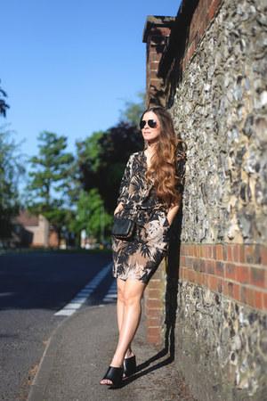 charcoal gray palm print Wallis dress - black mules Zara heels