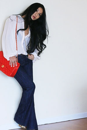 Chanel bag - vintage belt - Club Monaco blouse - vintage jeans - vintage shoes
