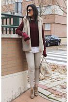 Sfera sweater - Uterque boots - Zara vest