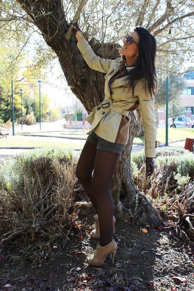 Uterqüe boots - Sfera coat - Bershka shirt - Stradivarius shorts