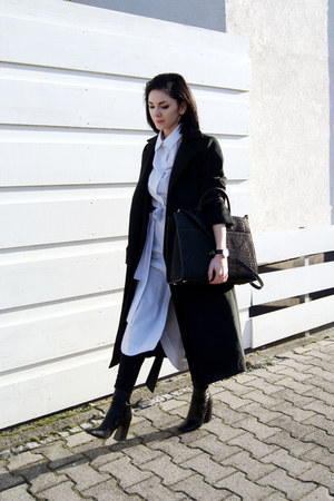 black Zara shoes - white The Fifthe via BNKR dress - black sammydress coat