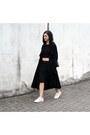 White-michael-kors-shoes-black-munthe-coat-black-foi-bag