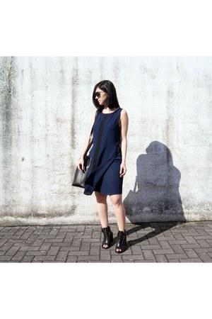 black Zara shoes - navy Art Dept dress - black Jcos Studios bag