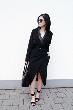 black rosemunde shoes - black Paisie dress - black Hieleven bag