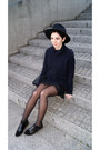 Black-bershka-shoes-black-lace-choies-dress-navy-zara-hat