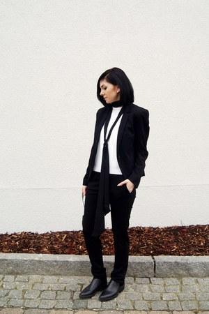 black rosemunde jacket - black Charles & Keith bag - black rosemunde pants