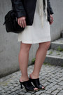 Black-mule-front-row-shop-shoes-white-zara-dress