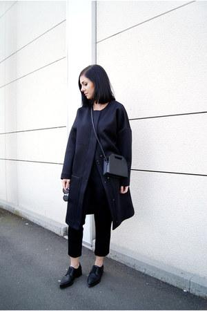 black lintervalle shoes - black MUNTHE coat - black FOI bag